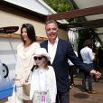 Alain Afflelou et sa compagne Christine Coulau et sa fille à Roland-Garros, Paris, le 8 juin 2013.