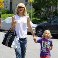 Gwen Stefani et son fils Zuma arrivent au goûter d'anniversaire l'anniversaire d'Honor, la fille de Jessica Alba. Los Angeles, le 8 juin 2013.