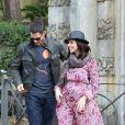 Premières photos de l'actrice Jennifer Love Hewitt, enceinte avec son fiancé Brian Hallisay lors d'une promenade romantique à Florence, le 31 mai 2013.