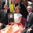 """Jennifer Lopez reçoit son étoile sur le """"Walk of fame"""", à Hollywood le 20 juin 2013."""