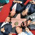 A.J. McLean, Howie Dorough, Kevin Richardson, Nick Carter et Brian Littrell de Backstreet Boys reçoivent leur étoile à Hollywood, le 22 avril 2013.