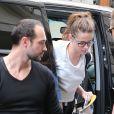 L'actrice Kristen Stewart arrive à son hôtel à Paris, le 1er juillet 2013.