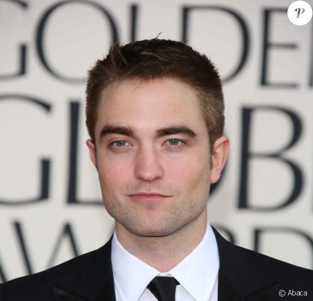 Robert Pattinson lors des Golden Globes 2013