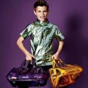 Romeo Beckham : Comme Kate Middleton, il influence les fashionistas !