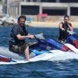 Matthew Perry s'est offert une sortie en scooter des mers en compagnie d'une amie le 12 juillet 2013 à Cabo San Lucas