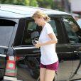 Ellen Pompeo et sa fille Stella font leurs courses dans le quartier de Los Feliz à Los Angeles, le 20 juillet 2013.