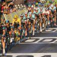 Chris Froome et le peloton sur les Champs Elysées lors de la dernière étape du Tour de France, le 21 juillet 2013 à Paris