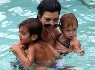 Kourtney Kardashian : Maman sexy et câline en vacances avec ses enfants