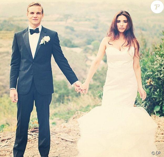 Taylor Handley et Audra Seminaro lors de leur mariage le 8 juin 2013 en Californie.