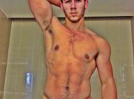 Nick Jonas, 20 ans : Le sexy célibataire exhibe son corps très musclé