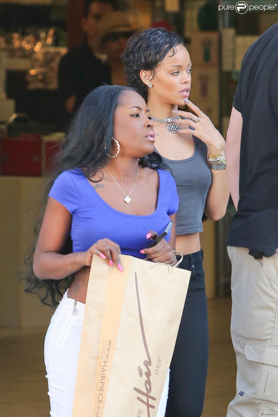 Rihanna une nouvelle coupe de cheveux pour la star en for Nouvelle coupe de cheveux pharrell