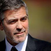 George Clooney : Alors qu'il espionne un dictateur, son ex Stacy Keibler rayonne