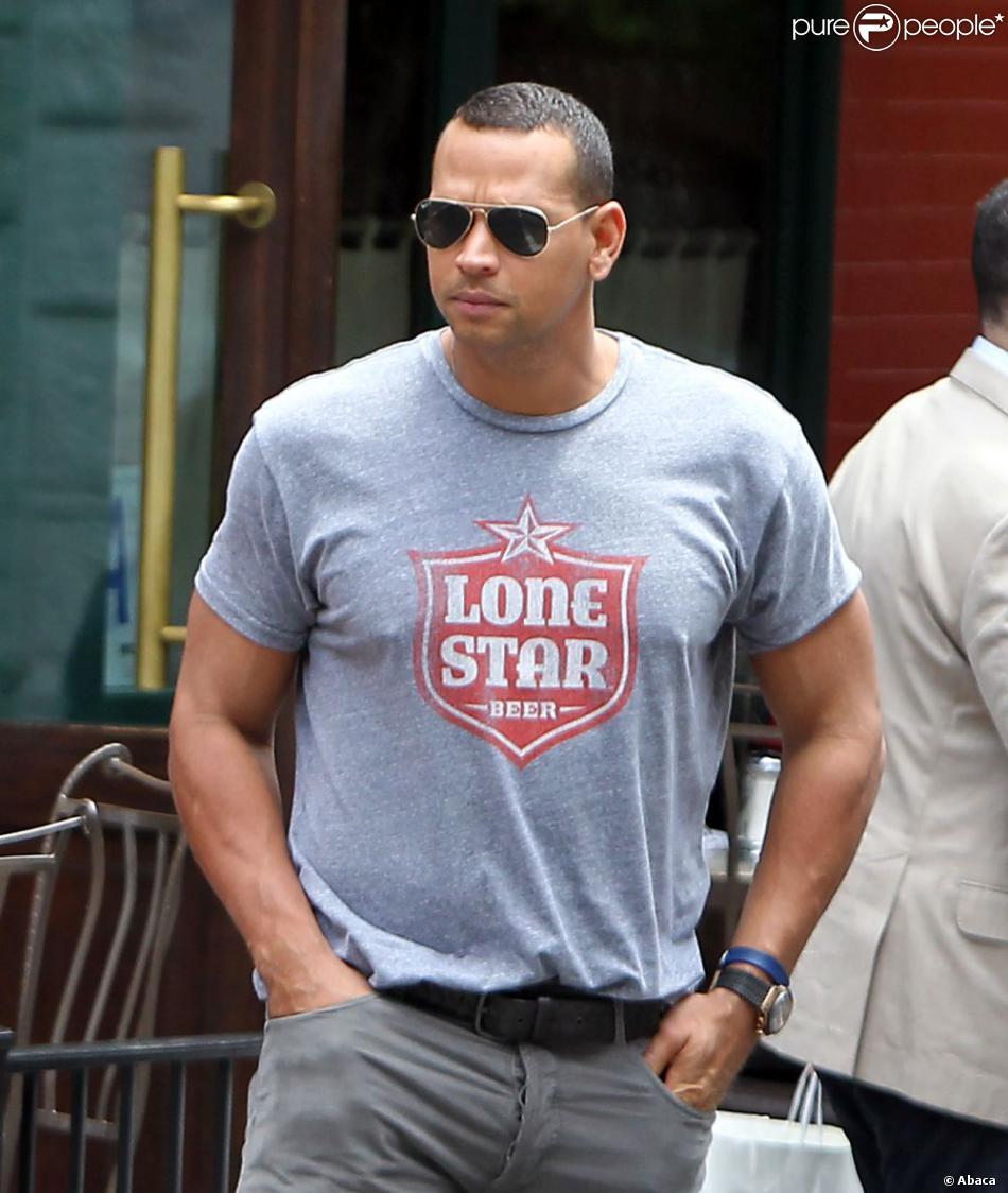 Alex Rodriguez dans West Village à New York le 8 juin 2012