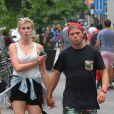 Ireland Baldwin et son petit ami Slater Trout à New York, le 24 juillet 2013.