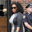 "Oprah Winfrey arrive sur le plateau de l'émission ""Late Show With David Letterman"" à New York, le 31 juillet 2013."