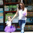 Jennifer Garner emmène sa fille Seraphina à son cours de danse à Pacific Palisades, le 9 août 2013.