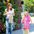 Jennifer Garner et sa fille Violet dans les rues de Brentwood, le 9 août 2013.