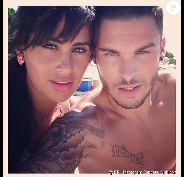 Baptiste Giabiconi amoureux de sa chérie Sarah depuis quatre mois