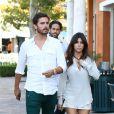 Une soirée en amoureux ! Kourtney Kardashian et son compagnon Scott Disick vont dîner à Sugarfish dans la ville de Calabasas près de Los Angeles, le 19 août 2013.
