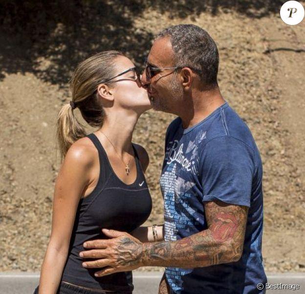Exclusif - Christian Audigier et Nathalie Sorensen ont fait une longue marche de 25 kilomètres à travers le magnifique Canyon de Topanga, le 25 août 2013.