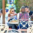 Exclusif - Demi Lovato et son compagnon supposé Wilmer Valderrama, au parc d'attractions Disney California Adventure, à Anaheim, le 25 août 2013.