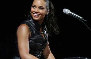 Alicia Keys en duo avec les White Stripes pour le prochain Bond ?
