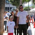 Les fils de Gwen Stefani, Kingston et Zuma avec leur père Gavin Rossdale à Los Angeles, le 8 septembre 2013.