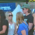 Exclusif - Heather Locklear et Richie Sambora viennent soutenir leur fille Ava Sambora, pom-pom girl pour l'équipe de foot de son école, à Los Angeles. Le 12 septembre 2013. -