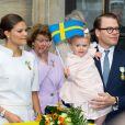 La princesse Estelle de Suède, âgée d'un an et demi, n'a rien manqué, avec sa mère la princesse Victoria et son père le prince Daniel, des festivités organisées au palais royal à Stockholm le 15 septembre 2013 pour le jubilé des 40 ans de règne du roi Carl XVI Gustaf de Suède.