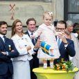 La princesse Estelle de Suède, petite vedette de la famille royale, n'a rien manqué des festivités organisées au palais royal à Stockholm le 15 septembre 2013 pour le jubilé des 40 ans de règne du roi Carl XVI Gustaf de Suède.