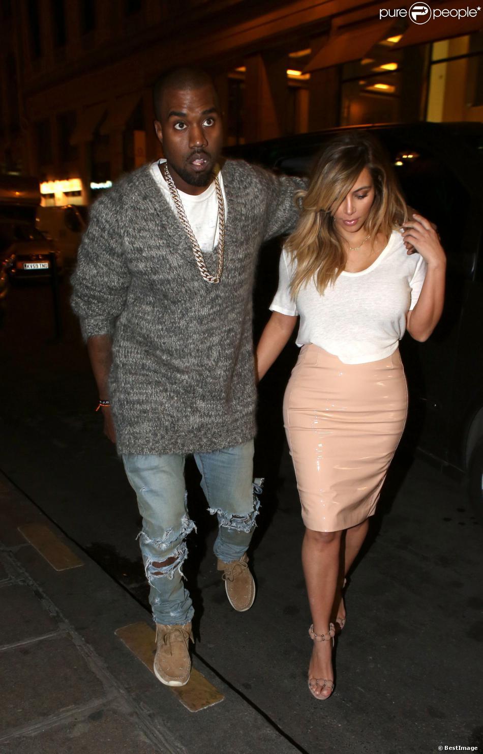 Kanye West et Kim Kardashian se rendent à l'hôtel Costes pour un dîner en amoureux. Paris, le 30 septembre 2013.