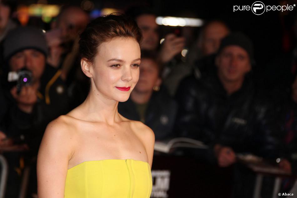 """Carey Mulligan lors de la première du film """"Inside Llewyn Davis"""" à Londres le 15 octobre 2013."""