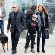 Harvey Keitel en famille revisitant La Sorties des usines Lumière dans le cadre du Festival Lumière à Lyon le 19 octobre 2013