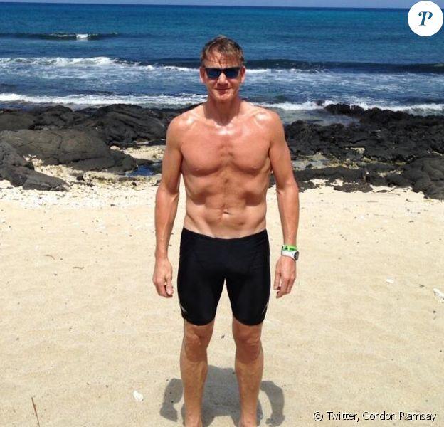 Gordon Ramsay et sa nouvelle silhouette sur la plage
