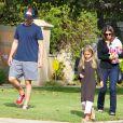 Exclusif - Christian Bale se rend à un anniversaire avec sa femme Sibi Blazic take et sa fille Emmaline à Brentwood le 6 octobre 2012