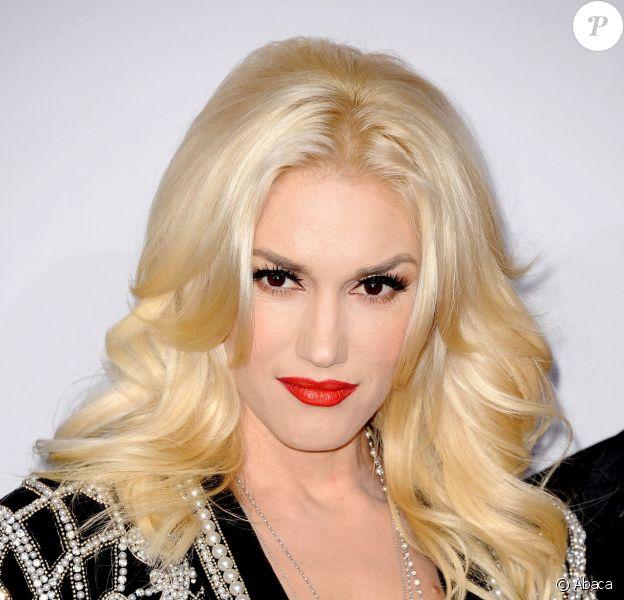 Le même maquillage que Gwen Stefani : on copie son teint diaphane