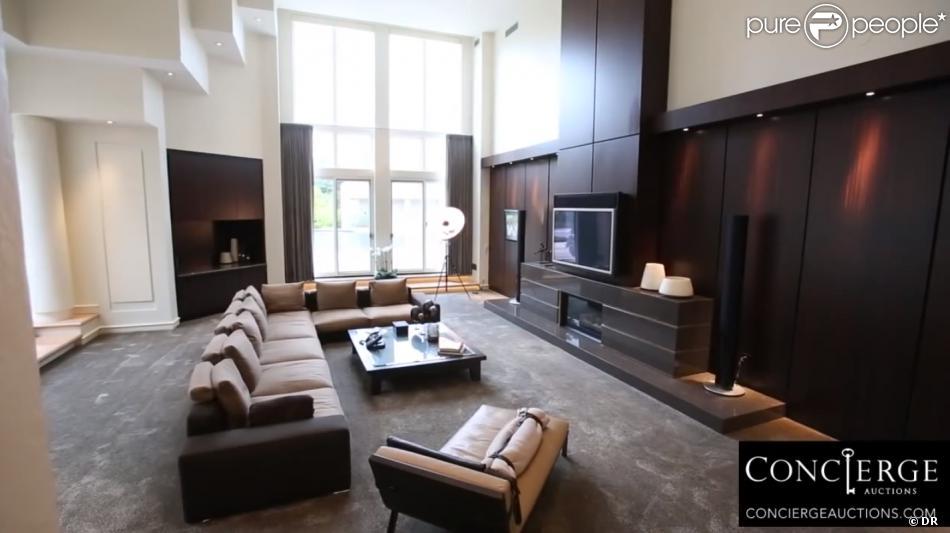 photo de la sublime maison de michael jordan chicago mise aux ench res pour 180 000 dollars le. Black Bedroom Furniture Sets. Home Design Ideas