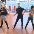 """Brahim Zaibat apprend la rumba pour une danse à trois dans """"Danse avec les stars 4""""."""