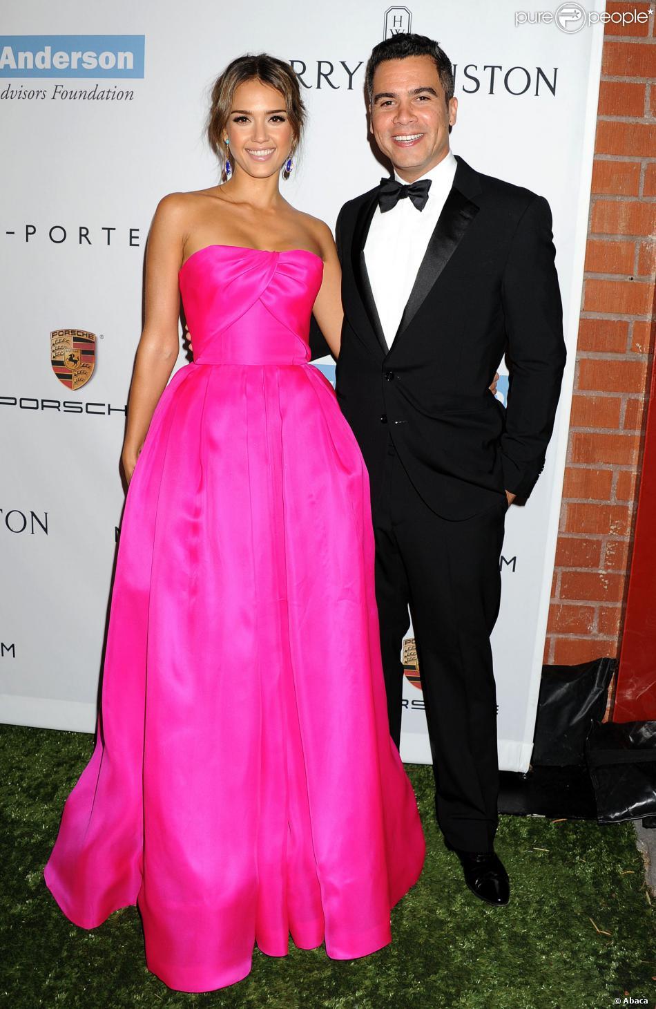 Jessica Alba et son mari Cash Warren assistent au gala Baby2Baby à la Book Bindery. Culver City, le 9 novembre 2013.