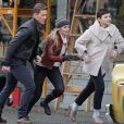 Ginnifer Goodwin, Josh Dallas, Jennifer Morrison, Robert Carlyle et Emilie de Ravin sur le tournage de la série Once Upon a Time le 30 octobre 2013