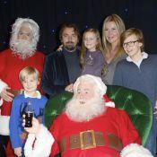 Henri Leconte, Florentine et leurs enfants dans les bras du Père Noël