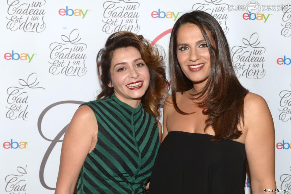 """Julie Zenatti et Elisa Tovati lors du gala de charité Ebay """"Un cadeau est un don"""" au Pré Catelan à Paris. Le 25 novembre 2013."""