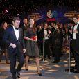 Kate Middleton et Tim Lawler, le directeur général de l'association au gala de charité annuel SportsBall à Londres, le 28 novembre 2013.
