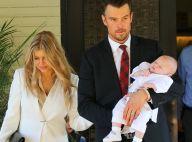 Fergie et Josh Duhamel s'affichent enfin avec Axl pour le baptême de bébé