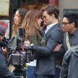 Jamie Dornan et Dakota Johnson prêts pour un baiser sur le tournage du film Fifty Shades of Grey à Vancouver, le 19 décembre 2013.
