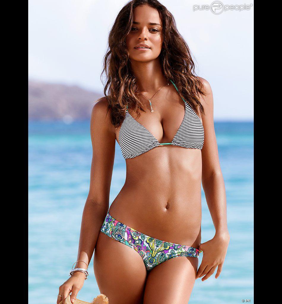Gracie Carvalho pose pour Victoria's Secret.