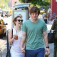 Emma Roberts et Evan Peters à New York, le 21 mai 2013.