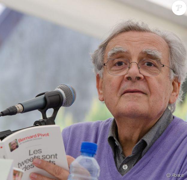 Bernard Pivot à la Fête du livre de Talloires, le 2 juin 2013.