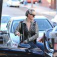 Laeticia Hallyday dans les rues de Los Angeles le 13 janvier 2014.