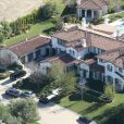 Vue aerienne de la maison de Justin Bieber à Calabasas. La police a annoncé ce mardi 14 janvier 2014 avoir trouvé de la cocaïne au domicile californien du chanteur Justin Bieber, alors qu'elle perquisitionnait les lieux dans le cadre d'une affaire de vandalisme présumé perpétré par le jeune artiste canadien.